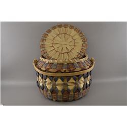 Penobscot/Chippewa basketry container