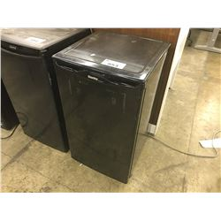 DANBY DESIGNER BLACK MINI BAR FRIDGE