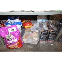 SHELF LOT INCLUDING PET PRODUCTS - CAT FOOD, LITTER AND MORE