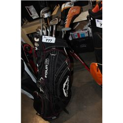 GOLF CADDY WITH CLUBS