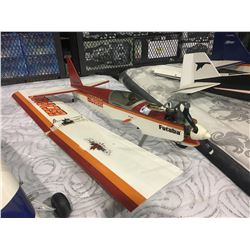 LARGE RC GAS AIRPLANE BODY WITH WINGS - APPROX 3.5 FT
