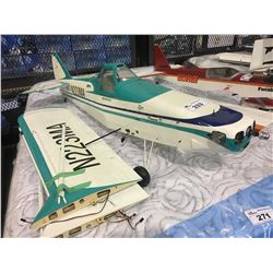 LARGE RC GAS AIRPLANE BODY WITH WINGS - APPROX 4.5 FT