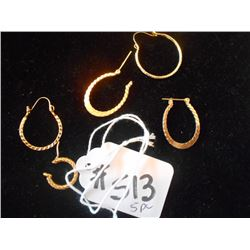 Gold Earrings lot