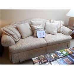 England/Corsair Sofa (large) Like New