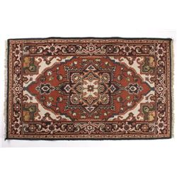 Persian Bijar Medallion Pattern Wool Rug