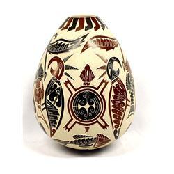 Stunning Sgraffito Mata Ortiz Pottery by Miguel R.