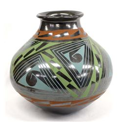 Large Mata Ortiz Polychrome Jar by Lucie Soto