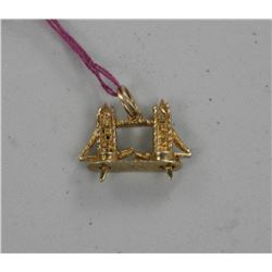 Estate 14kt Gold Pendant.