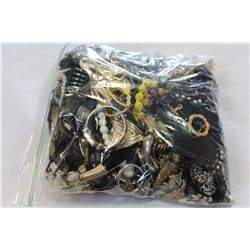 LARGE BAG OF JEWELLRY