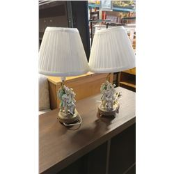 PAIR OF VINTAGE FIGURAL LAMPS WITH SHADES