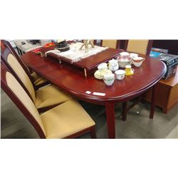 MAHOGANY FINISH DINING TABLE WITH 2 LEAFS AND 6 CHAIRS