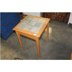 TILE TOP ENDTABLE