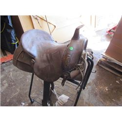 "Saddle – 18"" complete"