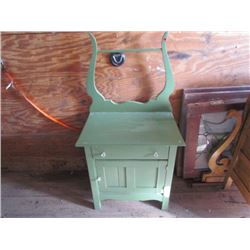Wash stand w Harp - painted green