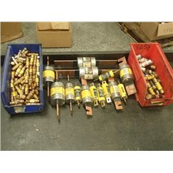 LOT OF MISCELLANEOUS FUSES  SEE PICS!!!