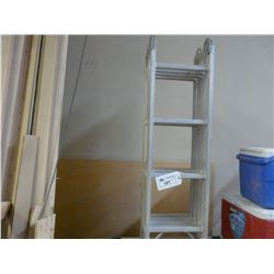 INDUSTRIAL LITE LADDER