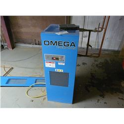OMEGA MODEL AHT 75U 75SCFM AIR DRYER
