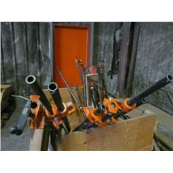 LOT OF BAR CLAMPS