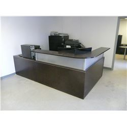 RECEPTION DESK, 2 CHAIRS & COMPUTER