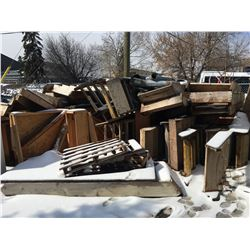 LARGE QUANTITY OF ASSORTED PRE BUILD STAIRS