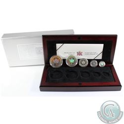 2003 Canada Hologram 5-Coin Silver Maple Leaf Set (TAX Exempt). Please note the outer box is tattere