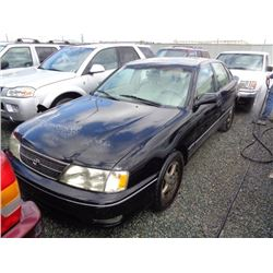 TOYOTA AVALON 1999 SALV T/DONATION