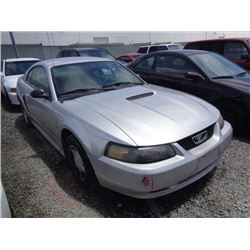 FORD MUSTANG 2001 O/S T-DONATION