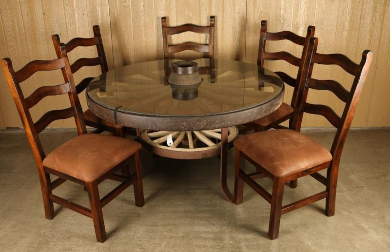 Image 1 : Rustic Wagon Wheel Table ...