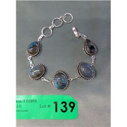 250 CT Blue Labradorite Gemstone Bracelet
