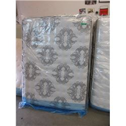New Queen Serta Pillow Top Mattress
