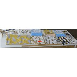 New Retail Mdse: Clutches, Purses, Zippered Pouches, Approx 14 pcs