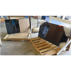 """Qty 2 Infocrest Technology Large Format Display Screens 48"""", Model MS551S"""