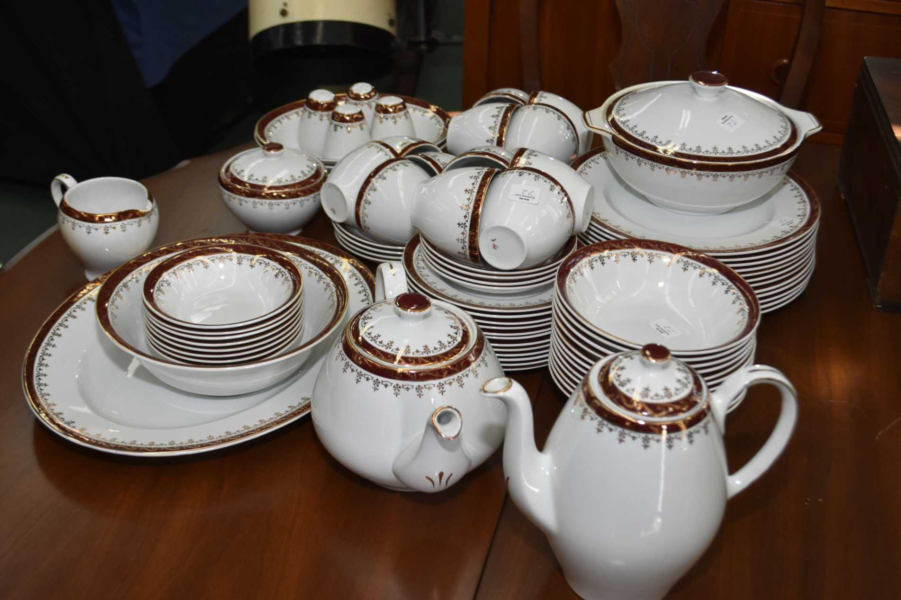 Alfred Meakin \ Golden Mae\  dining set with service for twelve of dinner plates side plates cereal & Alfred Meakin \