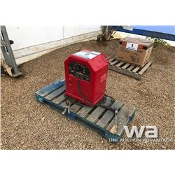 LINCOLN 225 ELECTRIC WELDER