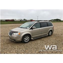 2009 CHRYSLER TOWN & COUNTRY MINIVAN