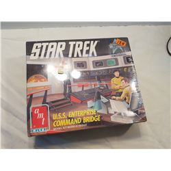 Sealed-Star Trek  USS Enterprise Model Kit