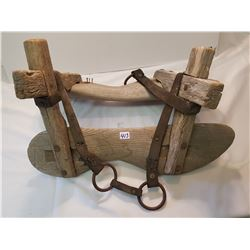 Pack Horse Primitive Saddle