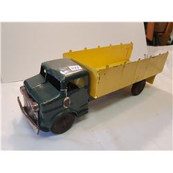 "Lumar Tin Truck 19"" Great Condition"