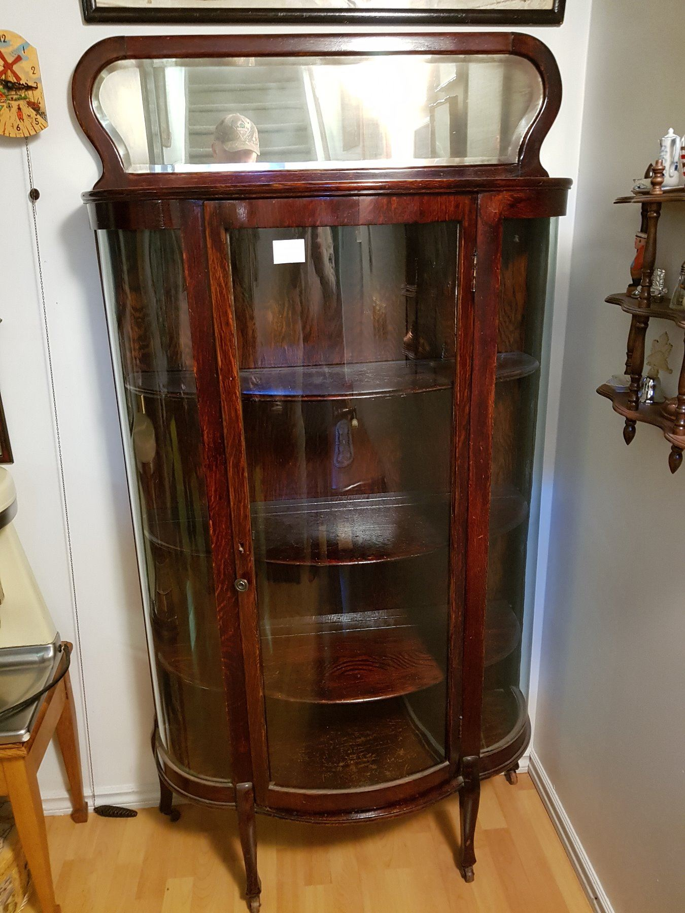 Image 1 : Antique Curved Glass China Cabinet With Mirror ...