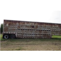 AMERICAN TANDEM AXLE CATTLE LINER