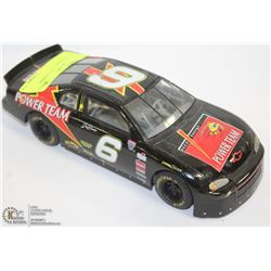 1:24 NASCAR DIE CAST POWER TEAM.