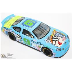 1:24 NASCAR DIE CAST CARTOON NETWORK.