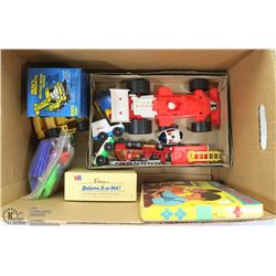 ESTATE BOX OF VINTAGE TOYS AND GAMES