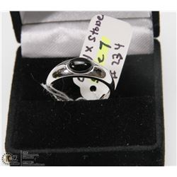 #5) STERLING .925 ONYX STONE RING SIZE 7