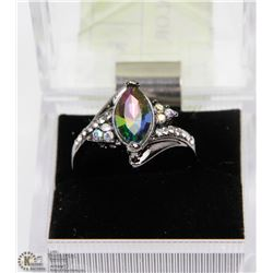 WOMAN INLAID MULTICOLOR STONE CRYSTAL