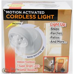 NEW 7 LED MOTION ACTIVATED CORDLESS LIGHT