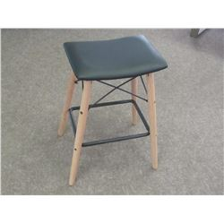 Accent Stool / 27inch high