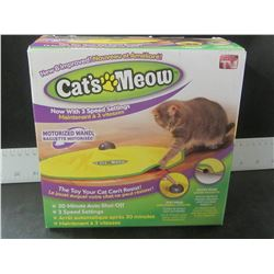 Cat's Meow Motorized Cat toy with 3 speed settings/ 30 min auto shut off