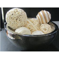 Beautiful Stainless Hammered Bowls with decorative décor