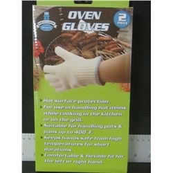New Pair of Oven Gloves great for BBQ & Camping/ everyone should have